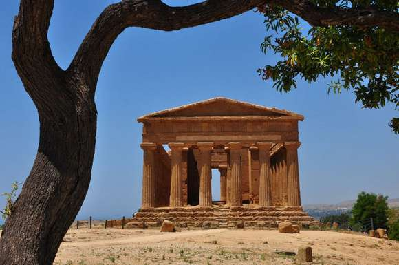 1 valley of the temples valle dei templi agrigento italy 96 4 Beautiful Italy destinations