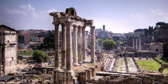 11 roman forum foro romano rome italy 85 4 Beautiful Italy destinations