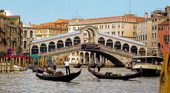 12 grand canal venice italy 92 4 Beautiful Italy destinations