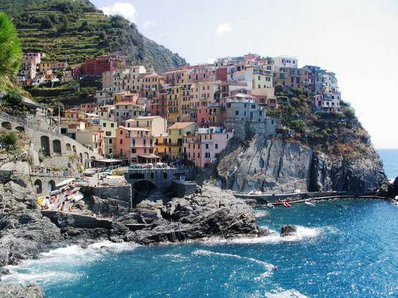 2 cinque terre liguria italy 91 4 Beautiful Italy destinations