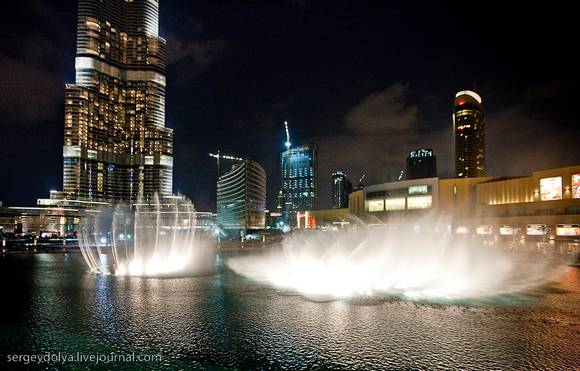 Dubai Fountain Show 4 Dubai Fountain Show