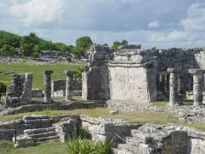 Cozumel Mayan Ruins 1 300x225 Is Cozumel Heaven on Earth?